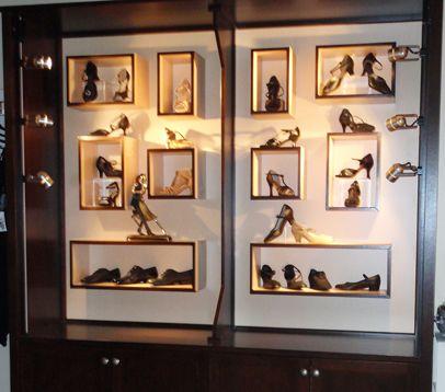 Retail Store Design Display Shelves