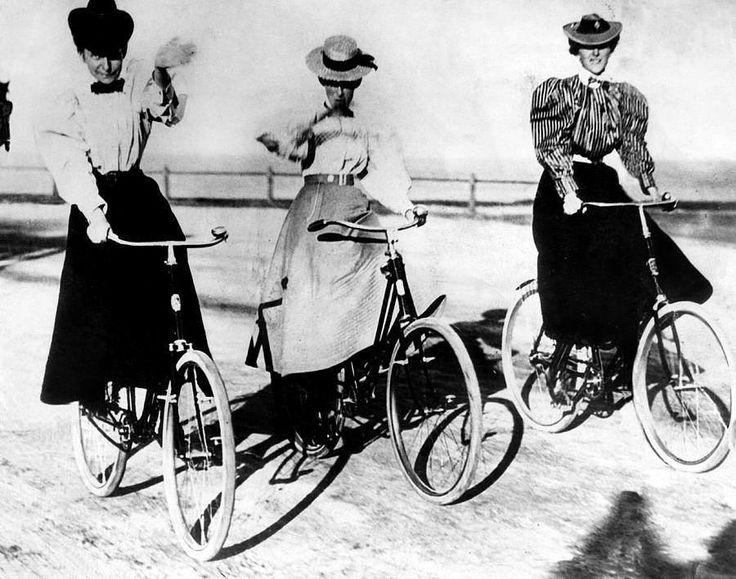 These biker chicks are reading us a lesson in style. For serious. #TBT