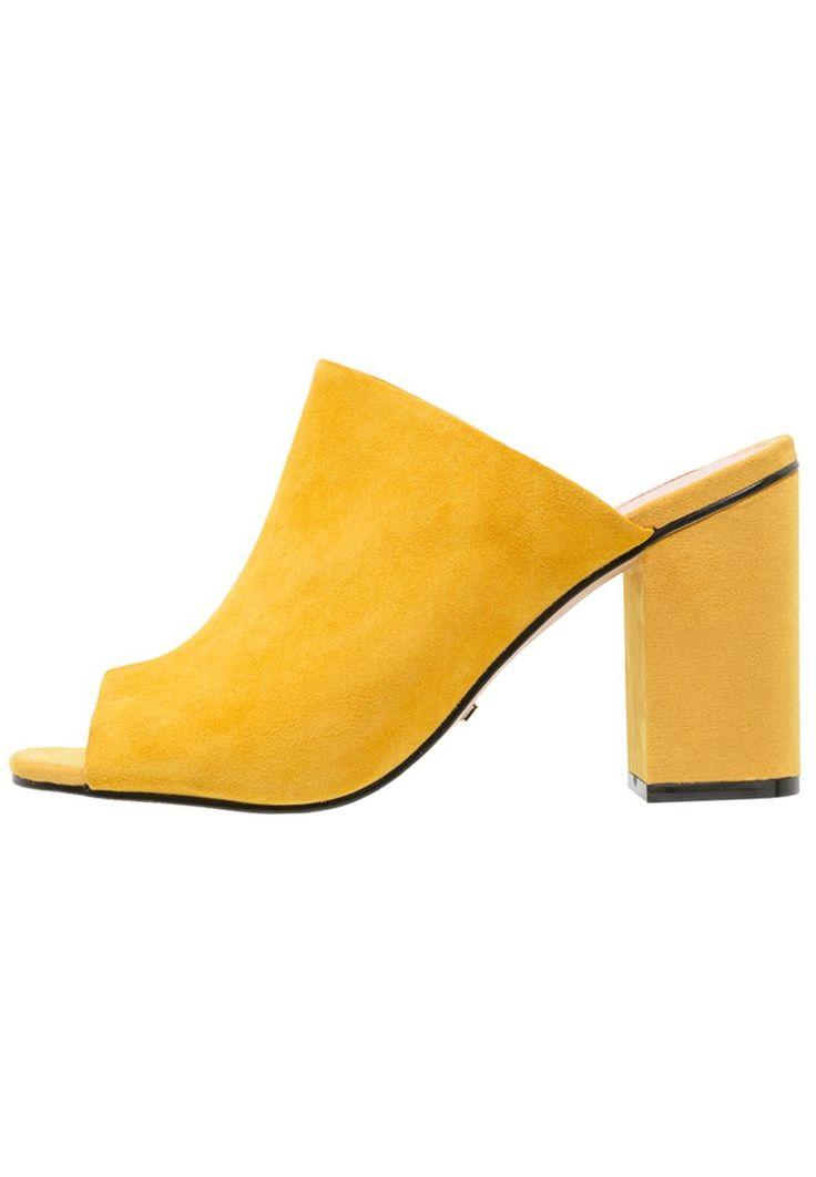 Topshop RULE Klapki mustard