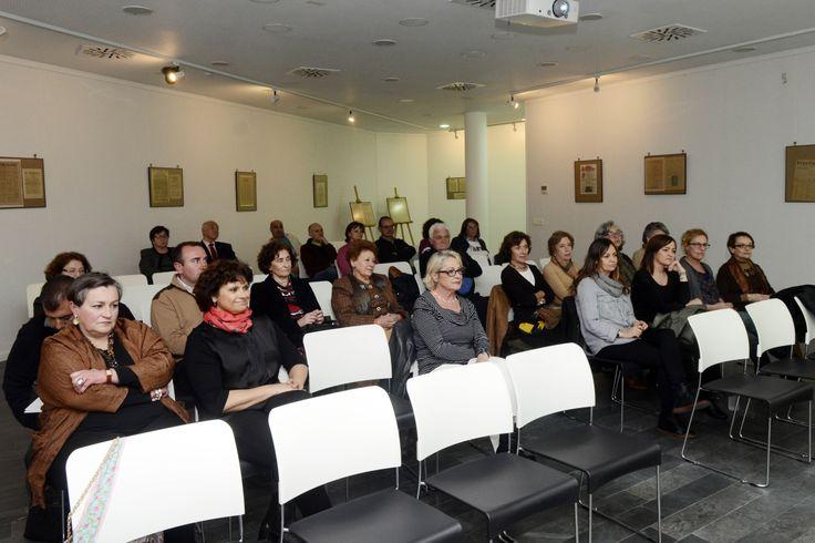 "Presentación de ""Otra vida para vivirla contigo"" de Eduardo Mendicutti. 20 03 2014, en la Biblioteca Pública de Ceuta"