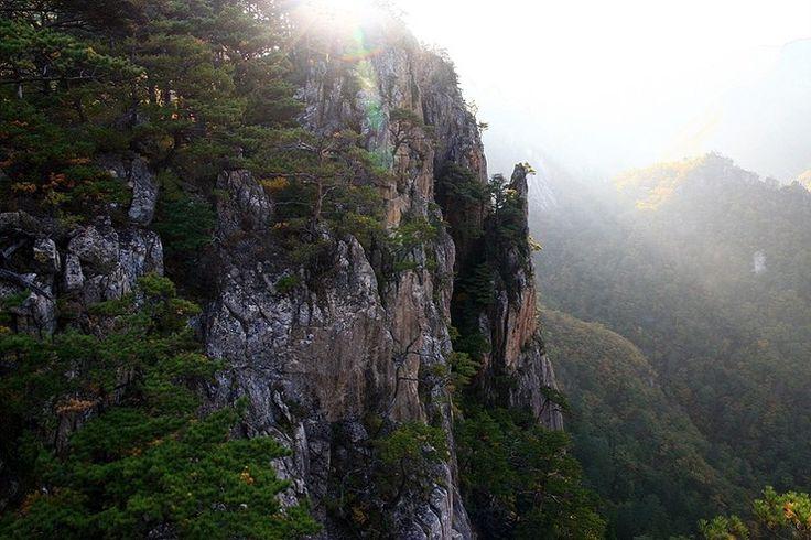 Maskju Mountains