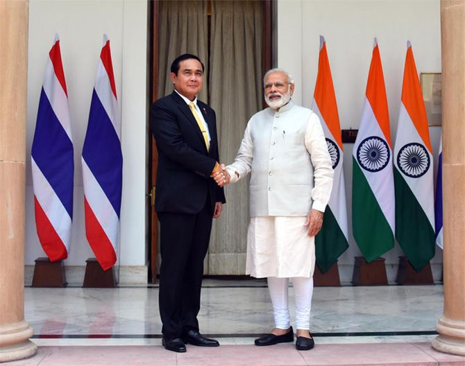 Thailand's Prime Minister General Prayut Chan-o-cha paid a State visit to India from June 16 to 18. The general was accompanied by a large delegation including his deputy prime minister, five cabinet ministers, 42 business leaders and senior officials. #CII #FICCI #HyderabadHouse #India #MakeInIndia #NarendraModi #Thailand #YingluckShinawatra