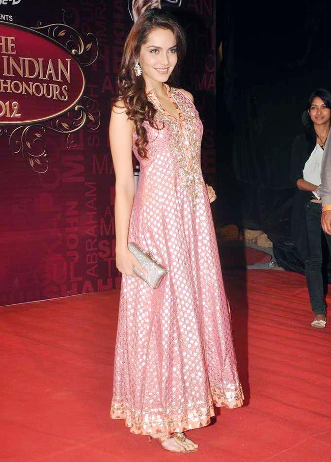 Shazahn Padamsee #Bollywood #Fashion