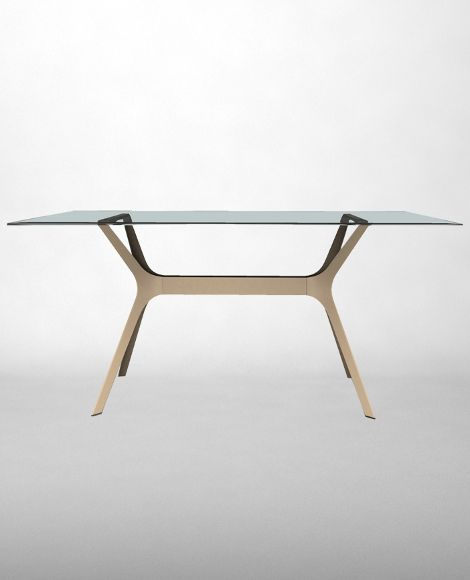 Vela L office table. Mark Perry. High quality office furniture