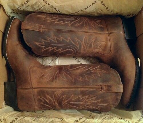 I need these boots in my life