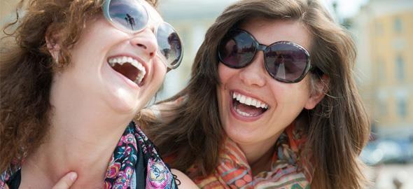 Όσο μεγαλώνεις, κάποιοι φίλοι χάνονται και, μετά, εξαφανίζονται. Κάποιοι όμως, παίρνουν προαγωγή κι από φίλοι, γίνονται αδέρφια.