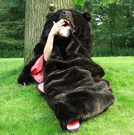 Cool Bear Shaped Sleeping BagFavorite Things, Black Bears, Homestead Survival, Sleeping Bags, Camps, Graduation Gifts, Bears Sleep Bags, Homesteads Survival, Grizzly Bears