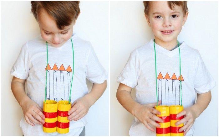 Stuck inside on a rainy afternoon? Make these Homemade Binoculars. #kids #children #crafts #DIY