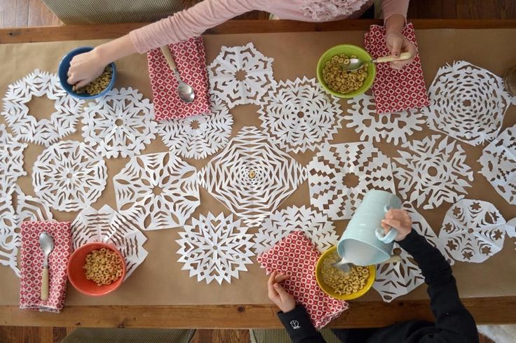 This Cute Craft Is the Cheapest Way to Decorate Your Table — Snow Day Crafts