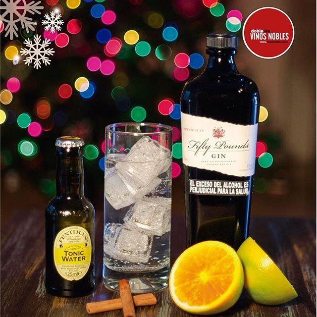 ¿#SabíasQue  #FiftyPounds de Fentimans es una ginebra Super Premium, tipo London Dry de 43,5 % de graduación alcohólica? No te quedes sin probarla esta Navidad para celebrar con un exclusivo gin tonic.