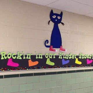"Pete the Cat themed bulletin board! ""Rockin' in our Kinder Shoes!""  keepinitkrazy.blogspot.com"