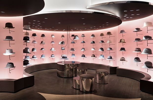 The renovation of this hat area in Seibu Shibuya department store is a project of Japanese studio Nendo.