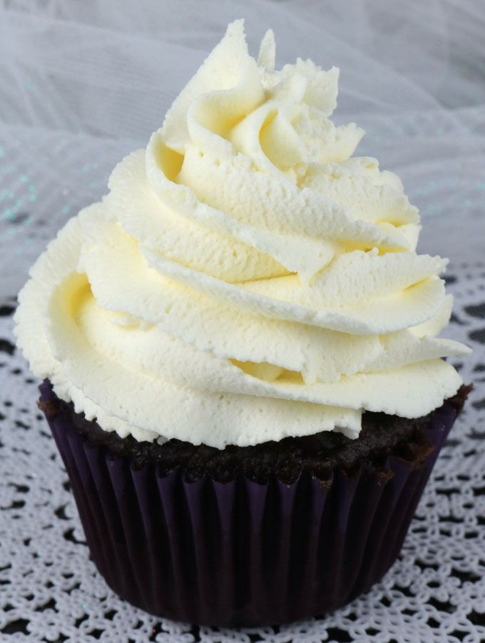 how to make whipped cream with whipping cream