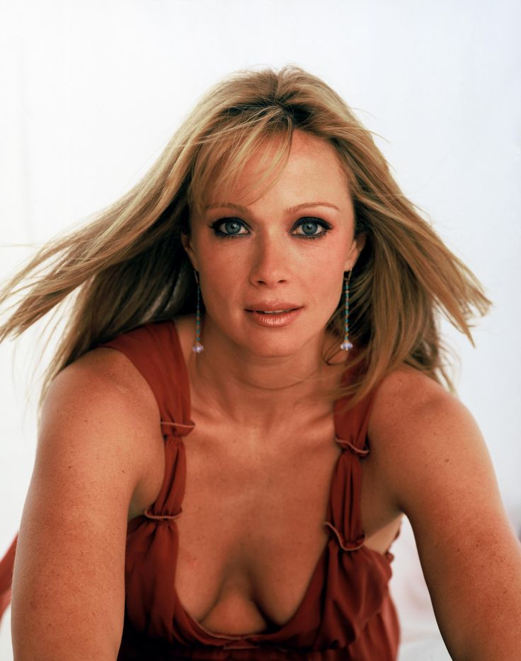 Lauren holly s tits — photo 15
