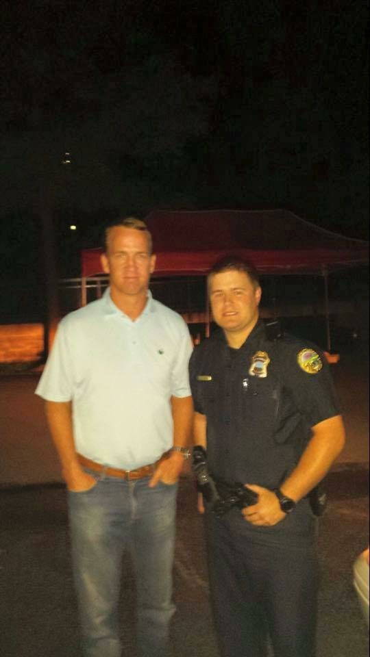Peyton Manning visits Chattanooga to honor military and police o - WRCBtv.com | Chattanooga News, Weather & Sports