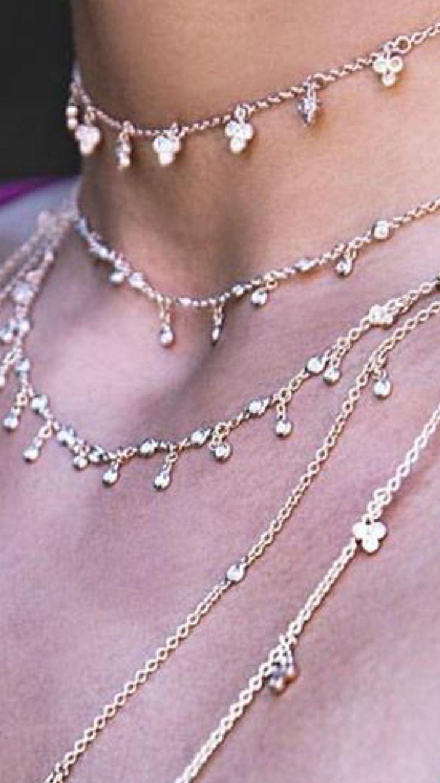 Collane in oro rosa e diamanti bianchi taglio brillante