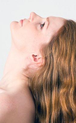 4 cviky, díky kterým se zbavíš dvojité brady