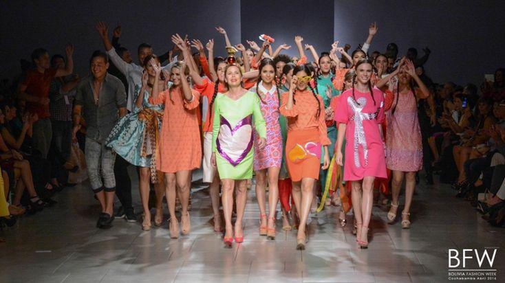 El Bolivia Fashion Week cerró con broche de oro el pasado jueves 7 de abril del año en curso con el Desfile Fashion Week Extreme llevado a cabo a las...