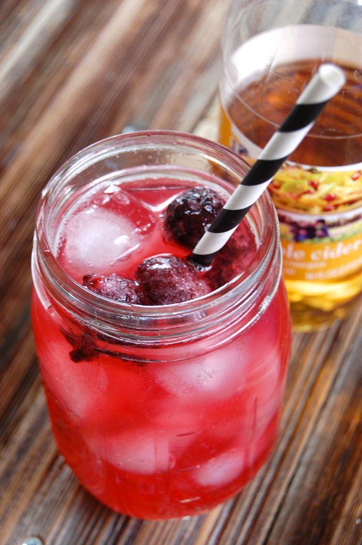 Blackberry Drinking Vinegar- a concentrated apple cider vinegar syrup for soda, cocktails, or lemonade #RecipeRedux