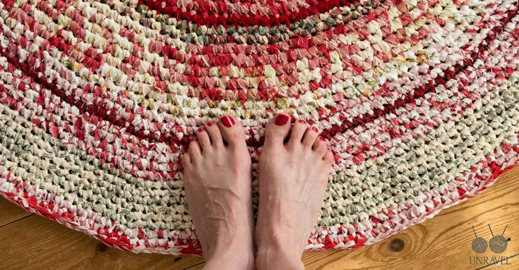 How To Unravel Knitting Stitches : Crochet Your Own Rag Rug   Free Pattern (Unravel Knit & Crochet) Free p...