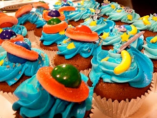 Outer Space Cupcakes