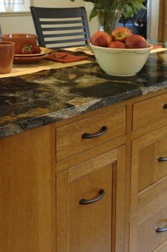 Oak Black Amber And Honey Darker Hardware To Modernize The Decor Ideas Kitchen Cabinets Bathroom
