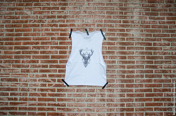 REINDEER // TANK TOP // WHITE S - M - L UNISEX