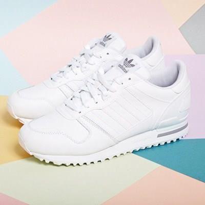 Белые кроссовки адидас женские