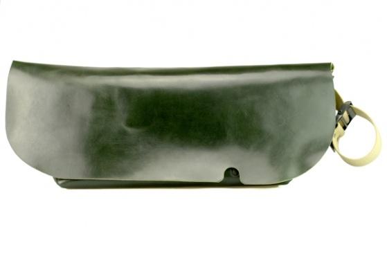 MESSENGER BAG (L)/DARK GREEN