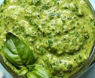 Rezept Basilikum Pesto von MariaLuca - Rezept der Kategorie Saucen/Dips/Brotaufstriche