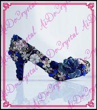 Aidocrystal 2016 Neue luxus handgemachte hochzeit Schuhe strass brautkleider Schuhe kristall runde Toe Prom party high heels //Price: $US $218.00 & FREE Shipping //     #dazzup