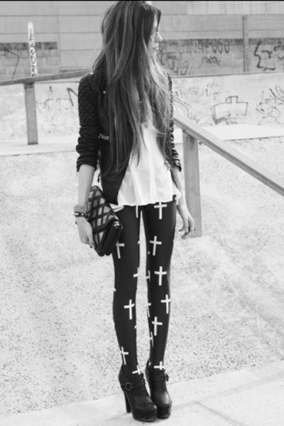 Cross leggings, Leather jacket