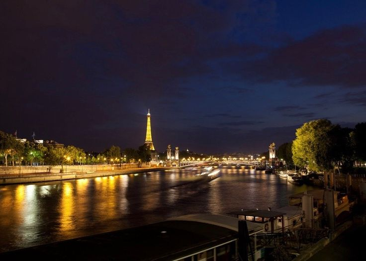 When Phil Hammerslough's Viking river cruise in France was washed out, his vacation plans were thrown into disarray. Can this trip be saved? - http://elliott.org/blog/viking-didnt-cancel-cruise-wont-reimburse-us-hotel/