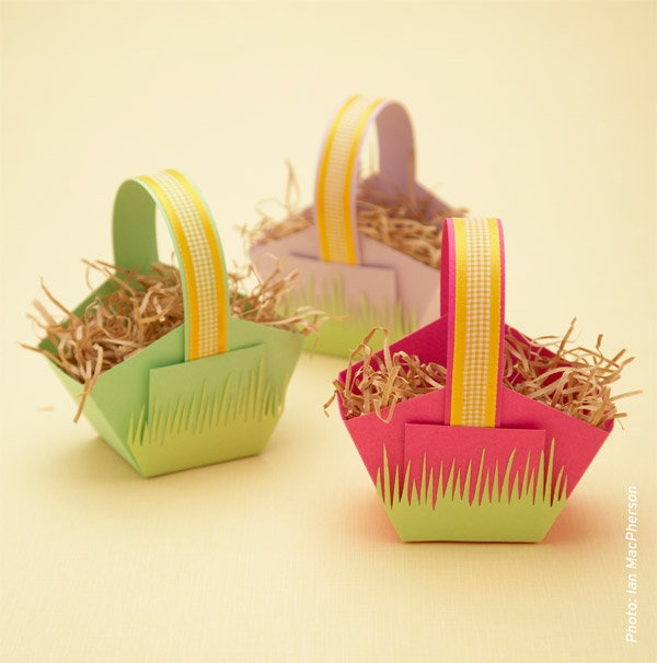 Make these cute paper Easter baskets.