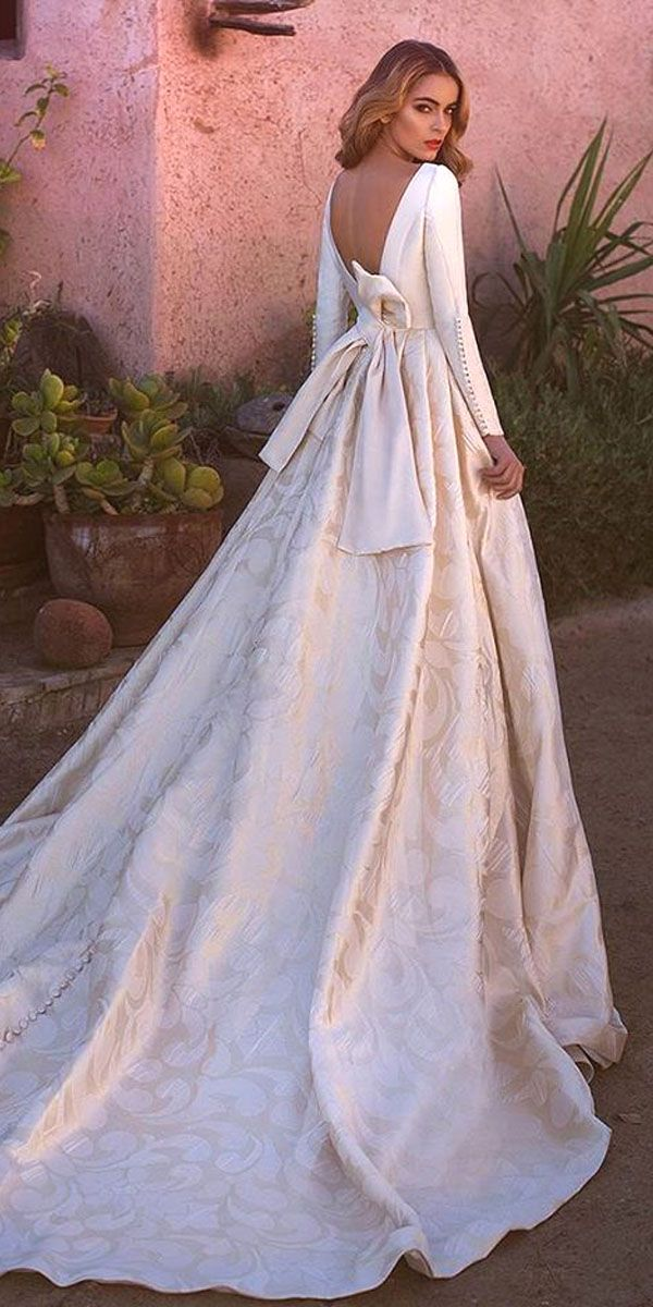 Top wedding dress fashion designers