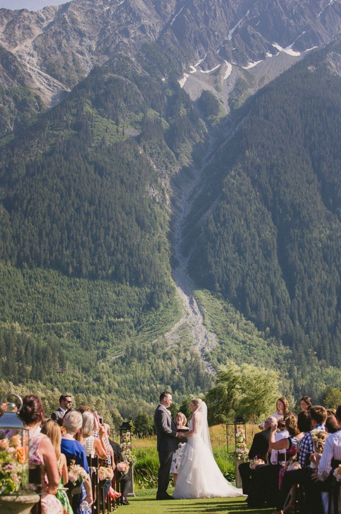 Pemberton Wedding Venue: Big Sky Golf and Country Club - Weddingful Robin O'Neill Photography