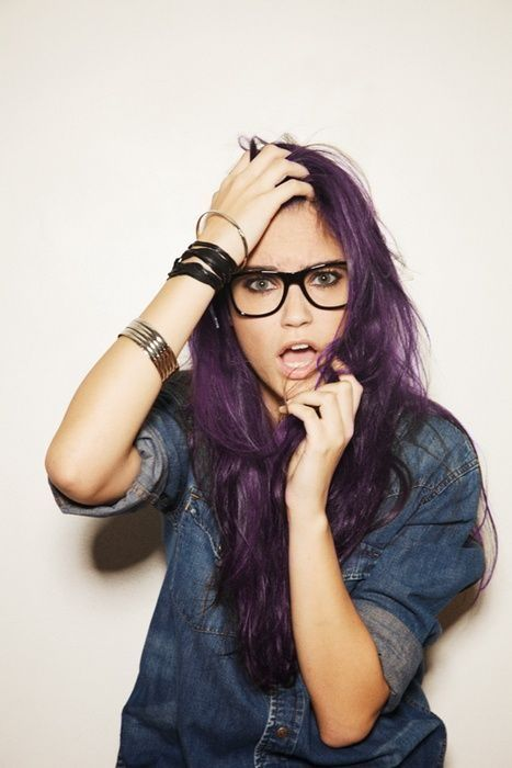 Hmm purple hair... wonder if I could pull it off.