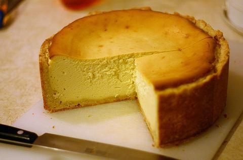 Sugar free cheesecake recipes using the stevia: I'll use homemade Gluten free graham cracker crust!