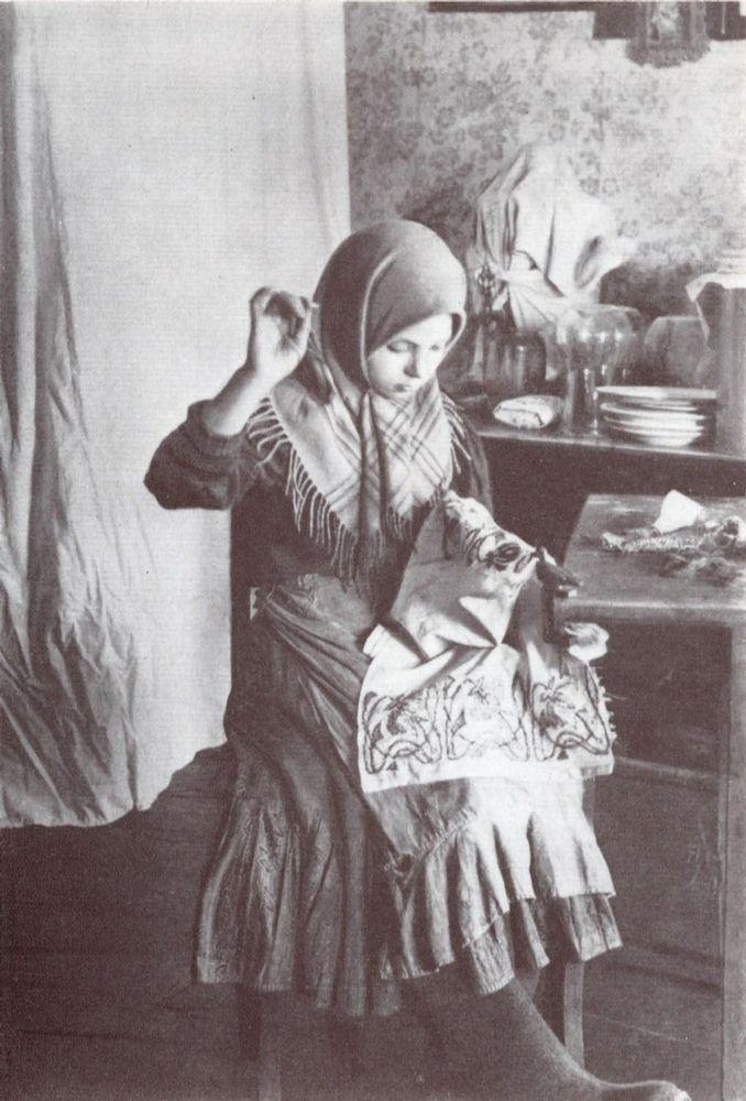 peasant girl   1900s   russia