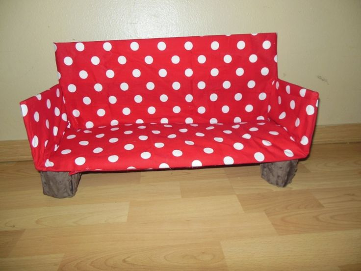 Make an AG doll couch from a box and fabric