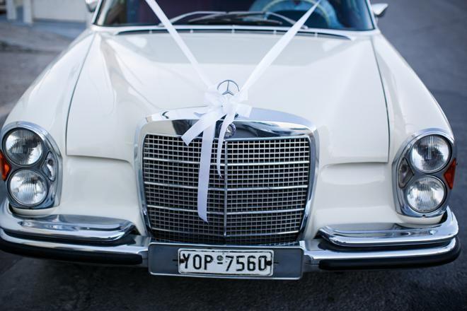 Vintage bridal car