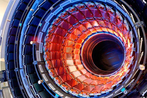 Большой адронный коллайдер: галерея иллюстраций