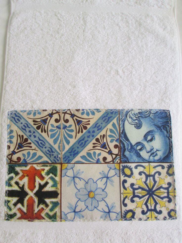 Pano de mãos, com tecido de Azulejos Portugueses