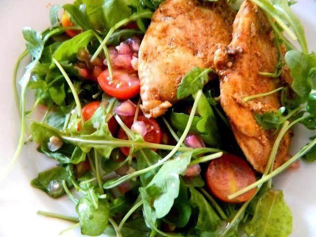 Gránátalmás rukkola saláta ~ Éhezésmentes Karcsúság Szafival