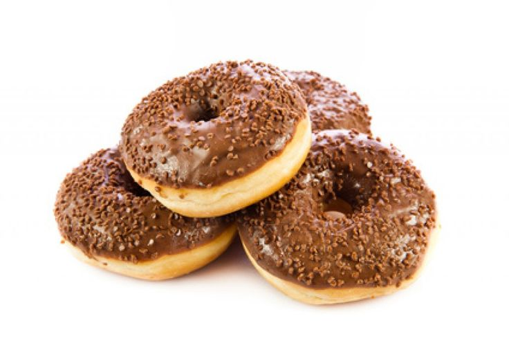 Der Donut ist ein handtellergroßer Krapfen aus Germteig. Dieses Rezept lässt sich mit einer süßen Glasur abwandeln.