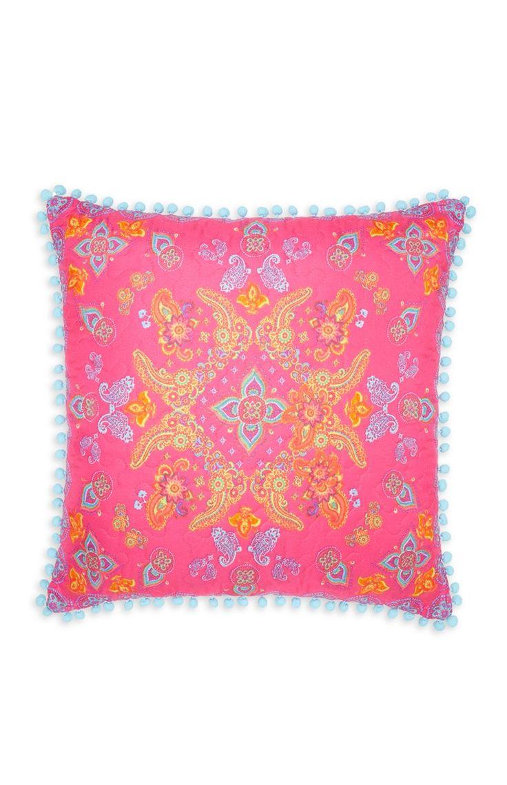 Primark pink paisley square quilted cushion id es - Primark ropa de cama ...