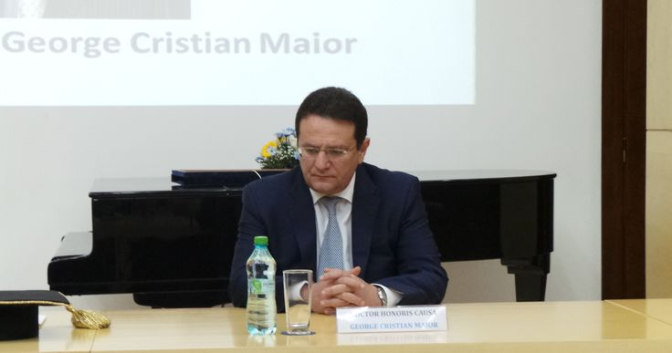 Directorul SRI, ambasador George Cristian Maior