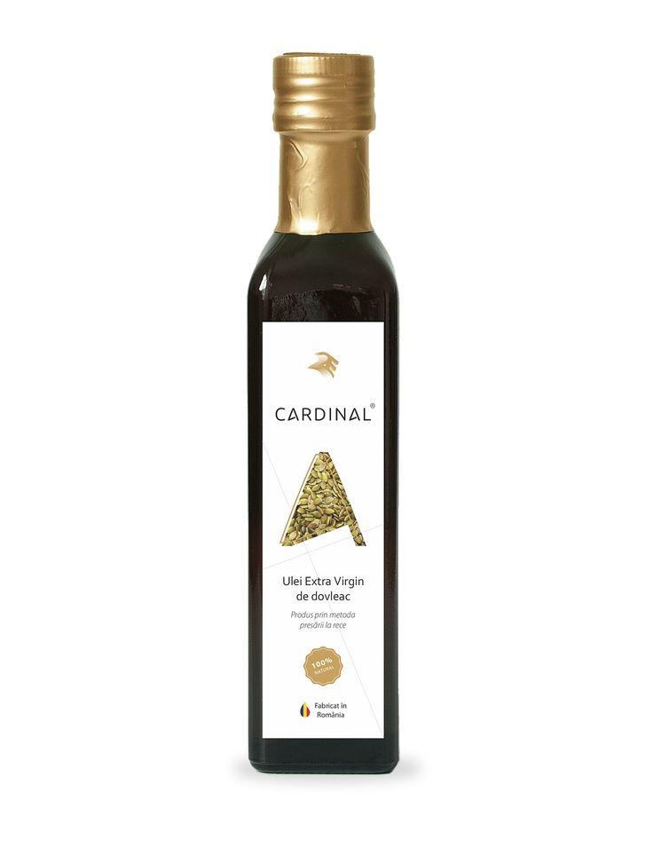 Ulei de dovleac presat la rece obtinut din seminte romanesti prin tehnologia Raw organic Cardinal Technology, cu un continut foarte bogat de nutrienti.