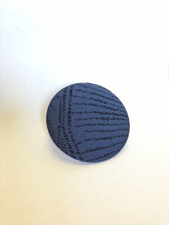 Hand made Recycled Blue Silk brooch pin   spilla di seta di Pabiru, €5.00
