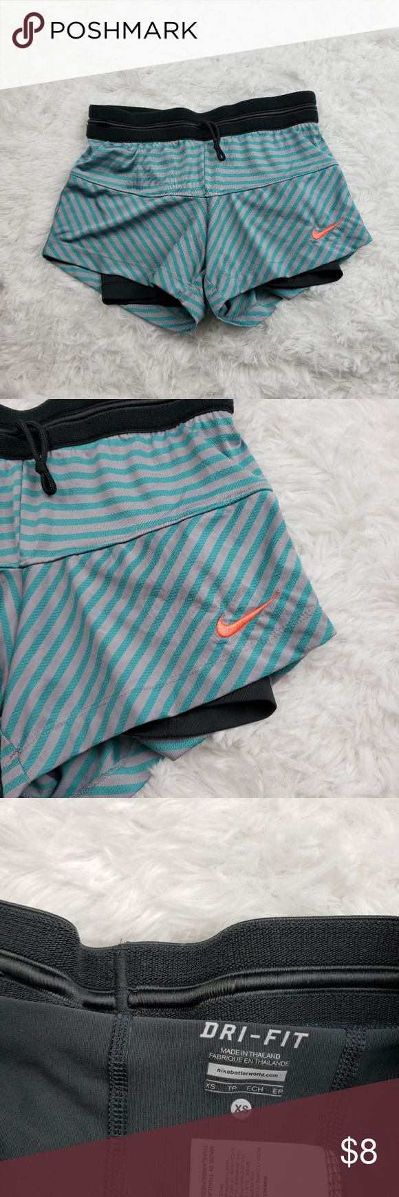 Womans NIKE athletic layered shorts size XS !!!BUNDLE ANY 4 MARKED ITEMS FOR ONL…